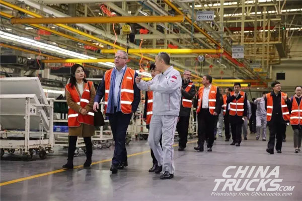 Volvo CEO Visits Dongfeng: To Establish JV for Building Splendid Dongfeng Truck