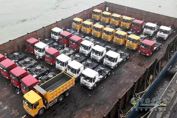 150 XCMG HANVAN Shipped to Southeast Asia