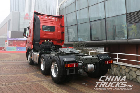 Sinotruck HOWO T7H 540 hp 6X4 Tractor (ZZ4257W324HE1B)