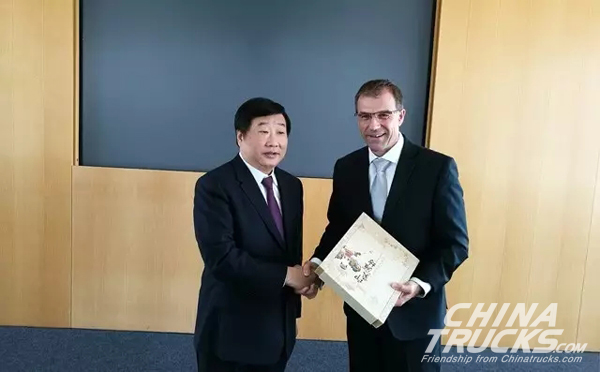 Weichai Chairman Heads a Delegation to visit MTU and MAN