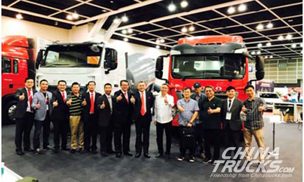 SINOTRUCK Showcases Its Leading Products at Hong Kong Autoshow