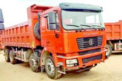Nigeria Dangote Chooses Shacman Heavy Duty Trucks for Oil Refinery Project