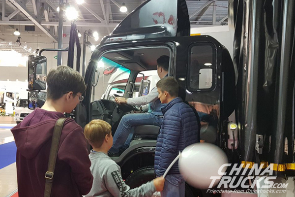 JAC Light-duty Trucks Show in Russian International Commercial Auto Show