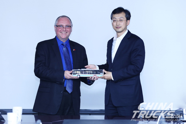 Foton Motor Signs MOU with TDG to Identify Smart City Solutions, During Presiden