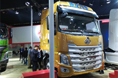 Chenglong H7 6×2R Tractor+Dongfeng Cummins Engine+FAST Transmission
