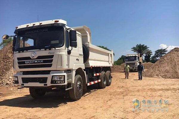 SHACMAN Trucks Increasingly Popular with Bolivia People