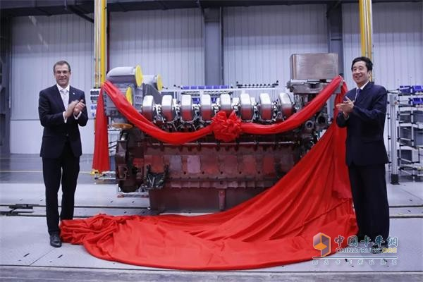 New Joint Venture MTU Yuchai Power Unveils First Engine
