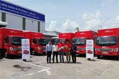 100 Foton Light Trucks Delivered to Vietnam J&T Express