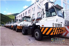 SHACMAN Delivered 37 Port Tractor Trucks in Ningbo