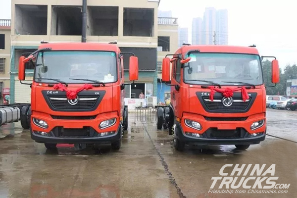 New Generation Dongfeng KR Medium Trucks Officially Delivered to Customers