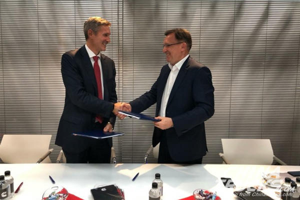 KAMAZ and Cummins Inc. Sign MOU in the Expanding of Cooperation