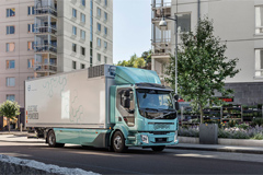 First Electric Volvo Trucks Delivered to Customers
