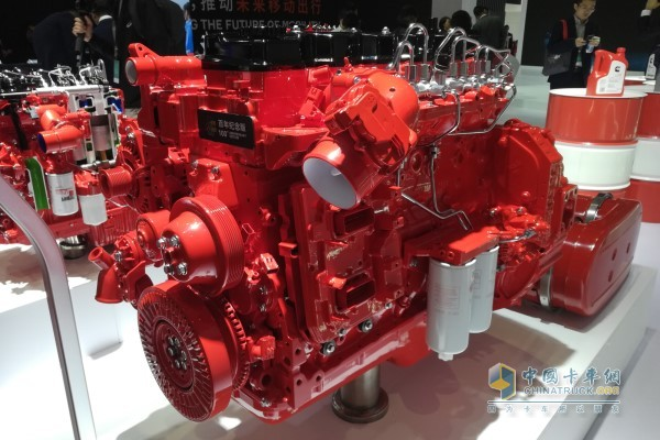 Dongfeng Cummins Puts New Engines on Display at 2019 Shanghai Int'l Auto Show