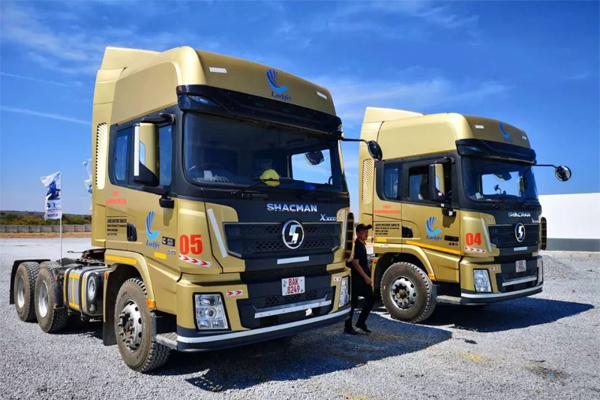 SHACMAN X3000 Trucks Operate Smoothly in Zambia