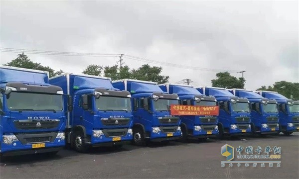 CNHTC Delivers 405 Units HOWO T5G Trucks to Deppon Express