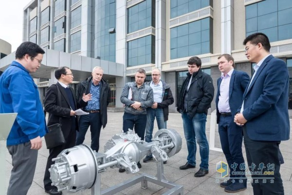 Russian Commercial Vehicle Brand Visits Hande Axle