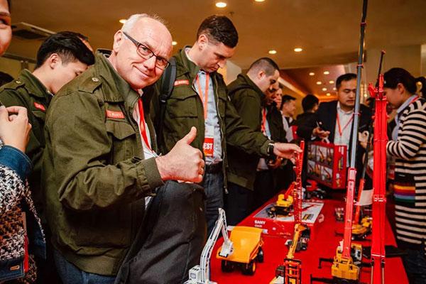 Global Dealers Summit Reveals International Look of SANY