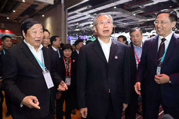 Weichai Brings Six Overseas Brands to Display at CIIE 2019