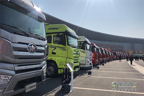China Sold 102,000 Units Heavy-duty Trucks in November