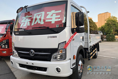 Dongfeng CAPTAIN K6-ZD30 160HP Light Truck+Dongfeng Power