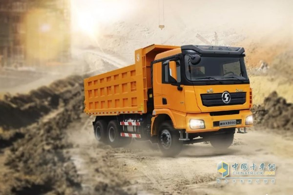 SHACMAN Trucks Arrive in Malaysia for Operation