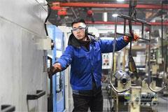 Sales of Hande Axle up 17% Jan to June