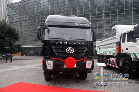 Hongyan Genlyon 8×4 390HP National Ⅳ Dumper+SAIC Fiat Engine+FAST Gearbox
