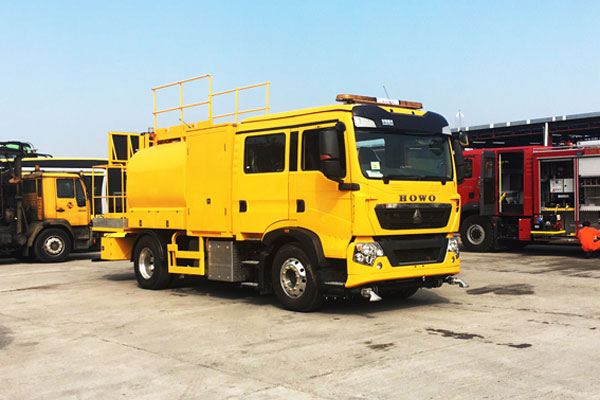 SINOTRUK's Heavy-duty Trucks with Euro 6 Emission Standard First Get into HK