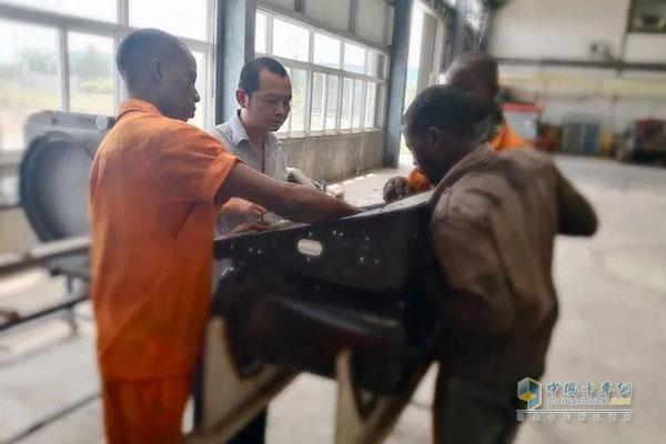 Hongyan Nigeria KD Factory Starts Operation