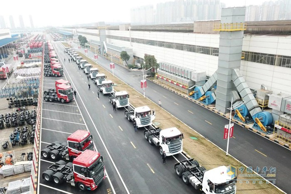 First 40 SANY Heavy-duty Trucks Arrived in Kuwait for Use
