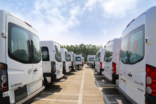 JAC Delivers More Than 300 Units Ambulances to Kazakhstan for Operation