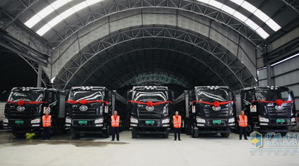 FAW Jiefang Delivers Its All Electric Heavy-duty Trucks in Beijing