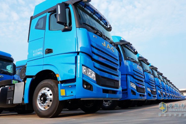 Jac Completes Delivery Of 2300 Units Gallop K7 Trucks To Zto Express China Truck User Application Www Chinatrucks Com