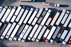 California Adopts First-ever Rules on Zero-emission Trucks, Buses