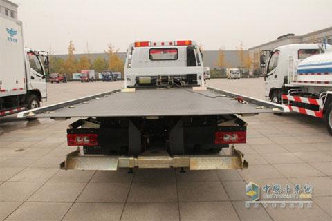 FOTON 154HP 4×2 Road Block Removal Truck+Foton Cummins Power