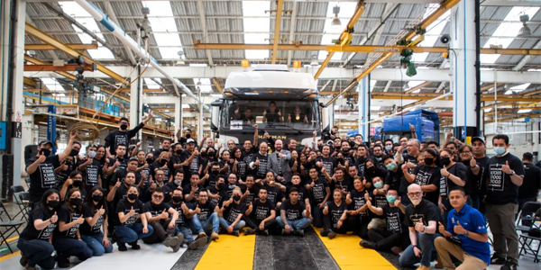 First SHACMAN Heavy-duty Truck Assembled in Mexico