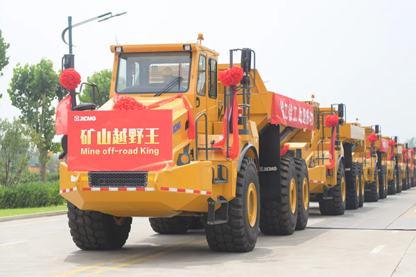 XCMG Mining Articulated Dump Trucks Exported in Batches