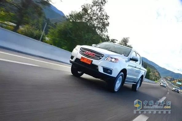 JAC Shuailing T6 Sales Go higher in the Oversea Market