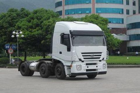 Hongyan C100 6×2  Tractor+SAIC Fiat Engine+FAST Gearbox