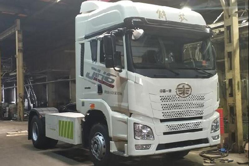 FAW Jiefang Qingdao JH6 33.3T 4X2 Full Electric Tractor(CA4180P26BEVA80)