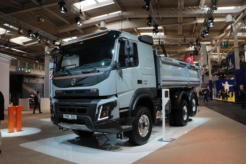 Volvo FMX 500HP 6X2R Euro 6-compliant Dumper